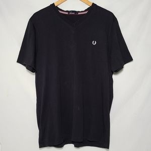 Fred Perry Men's V Neck T-shirt XL